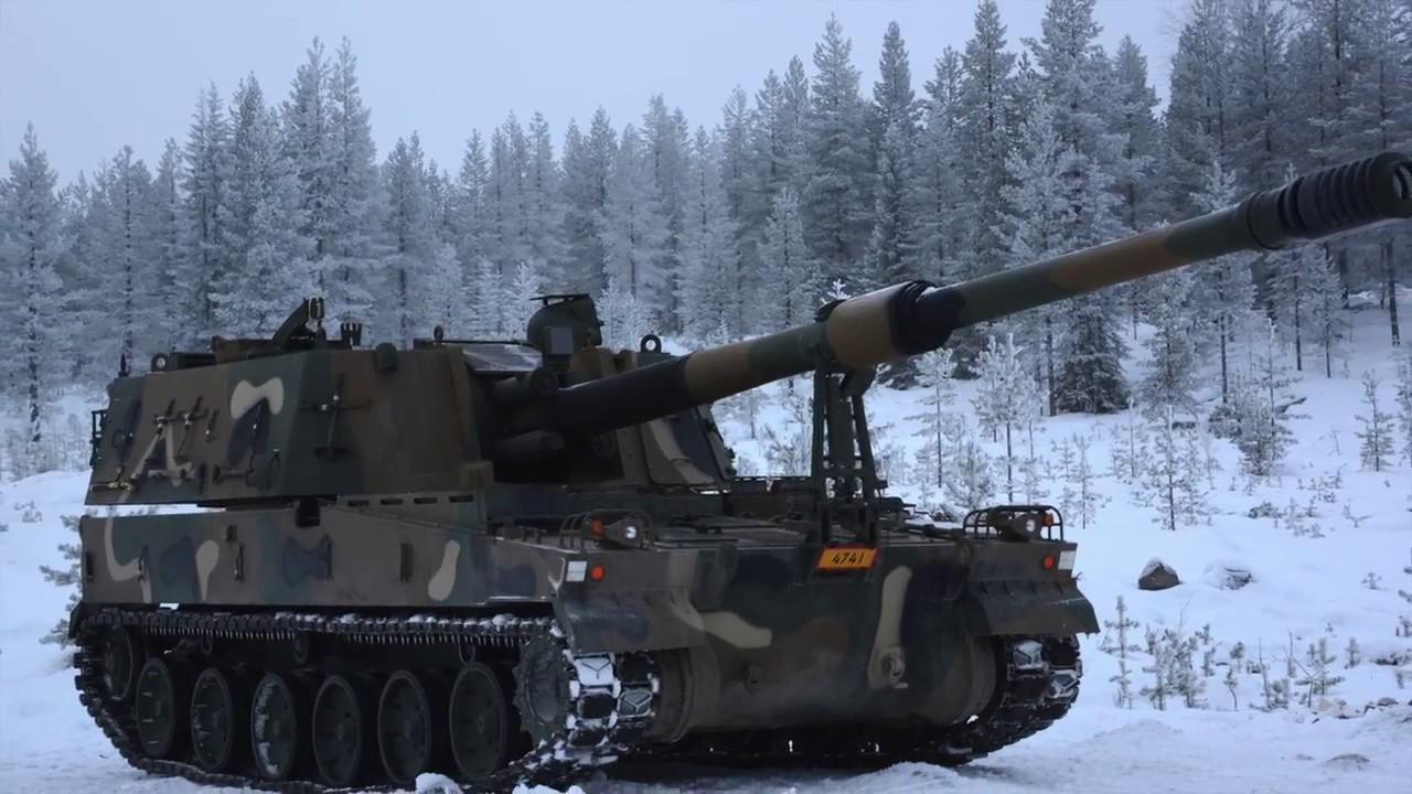 핀란드 군이 K-9 도입에 앞서 성능을 테스트하고 있다. [사진 한화테크윈 유튜브 캡처]