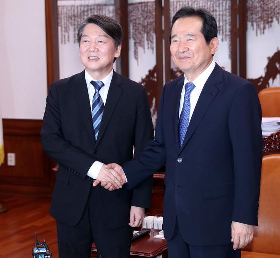 안철수 국민의당 대표가 28일 오후 취임 인사차 정세균 국회의장을 예방했다. 박종근 기자