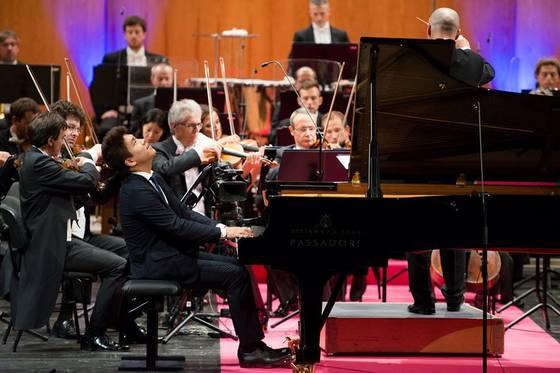 1일 결선 무대에서 베토벤 협주곡 4번을 연주한 피아니스트 원재연. 61회째인 부조니 국제 콩쿠르에서 2위와 함께 청중상도 받았다. [사진 부조니 국제 콩쿠르]