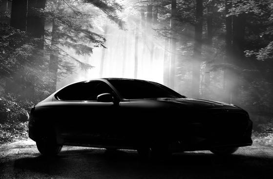 제네시스 G70 티저 이미지 및 가격 최초 공개 [사진 현대차]