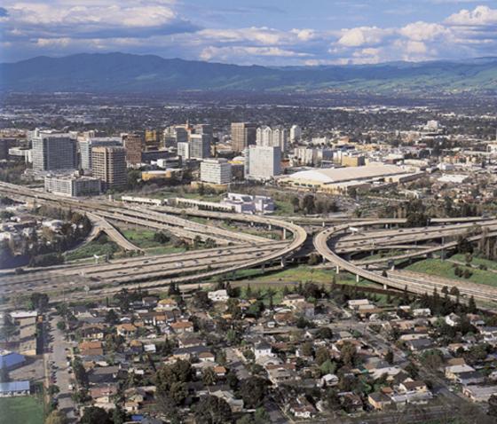 미국 캘리포니아주 샌프란시스코만을 둘러싼 첨단기술 복합단지인 `실리콘 밸리(Silicon Valley)` 전경. [중앙포토]