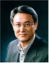 주일대사에 내정된 이수훈 경남대 정치외교학과 교수.