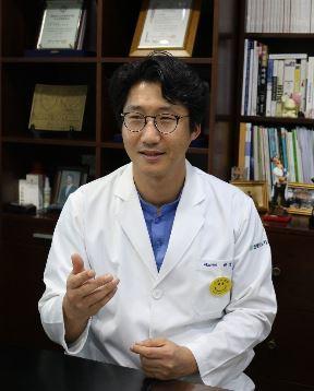 진연세비뇨기과의원 박성진 원장