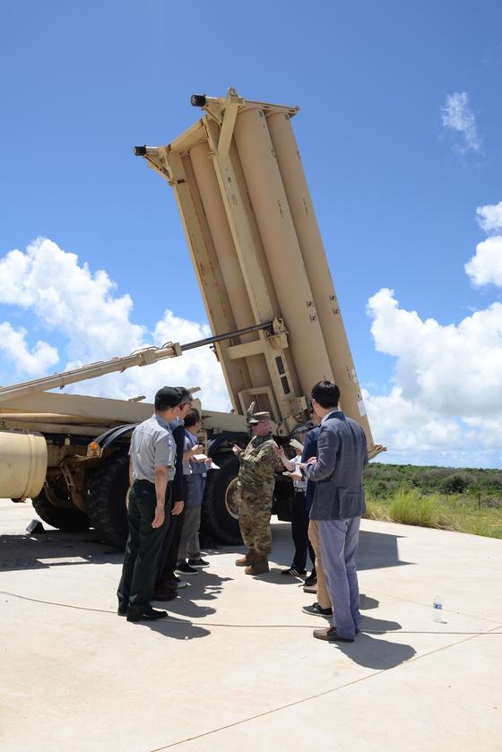 미국령 괌에 배치된 사드 발사대.