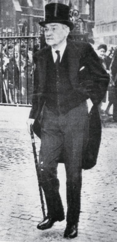 애틀리 총리는 조용하지만 강력한 리더십으로 전후 영국을 새로운 복지국가로 만들었다.