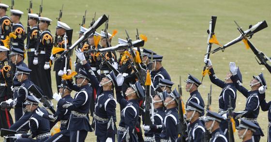 2016년 건군 제68주년 국군의날 기념식을 앞두고 진행된 최종 리허설 장면 자료사진. 프리랜서 김성태