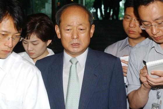 송두환 전 헌법재판관은 2003년 대북송금 의혹 사건의 특별검사로 활동했다. 김경빈 기자