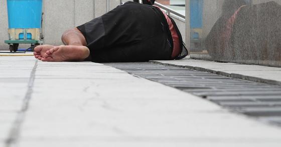 노숙인 자료사진. 사진은 기사 내용과 관련 없음. 우상조 기자
