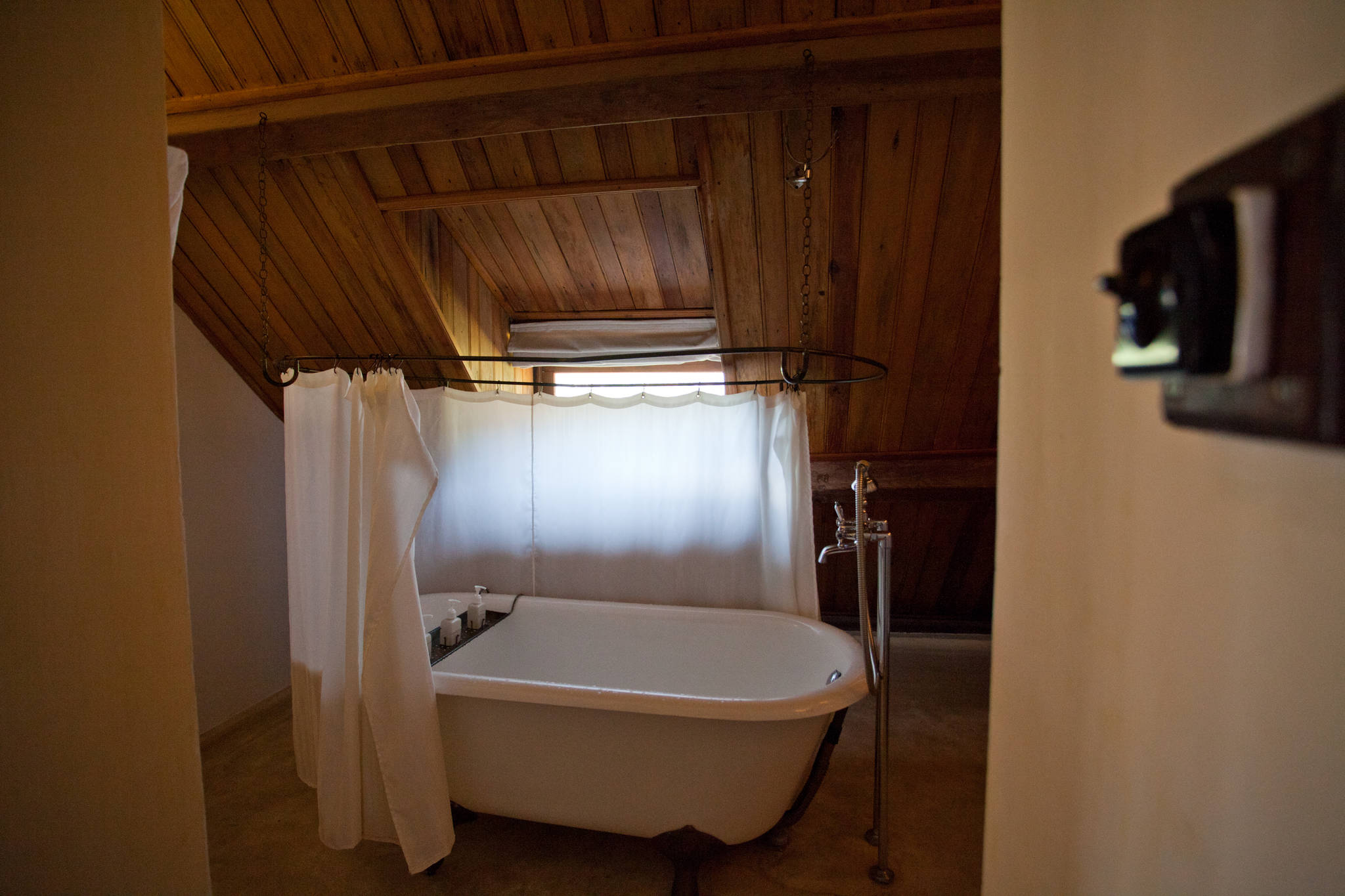 가장 저렴한 객실이지만 욕실이 준수하다.
