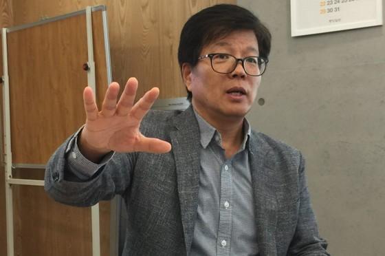 """이명찬 동북아역사재단 연구위원은 """"센카쿠가 중국에 넘어가면 오키나와 영유권 주장도 얼마든지 할 수 있다""""며 """"일본이 센카쿠 문제를 향해 날이 선 이유""""라고 설명했다. [사진 차이나랩]"""