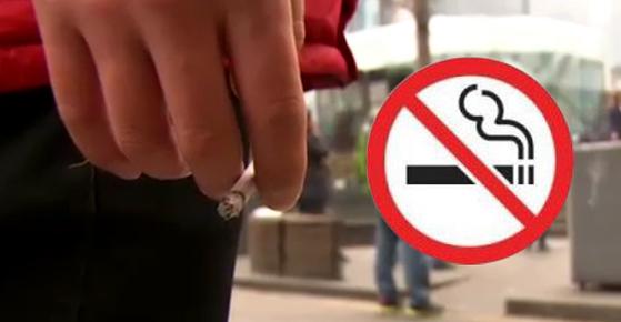 어린이집과 유치원 주변은 현행법상 금연 구역으로 지정돼있지 않아 어린이들이 간접 흡연에 노출되고 있다. [중앙포토]