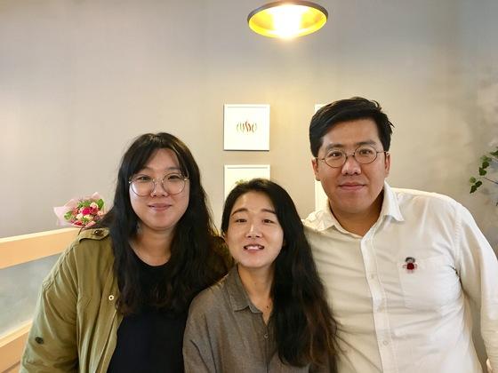 '견훤 아트상품'팀 박도희·박현희·임경식씨. [사진 각 팀]
