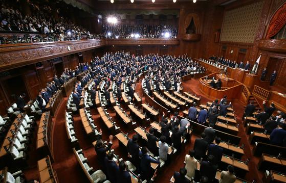 지난달 28일 아베 신조 일본 총리에 의해 해산된 중의원 모습. [지지통신]