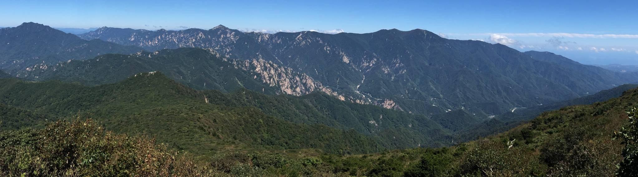 도로·묘지·광산에 1600개 상처 안은 백두대간 정맥