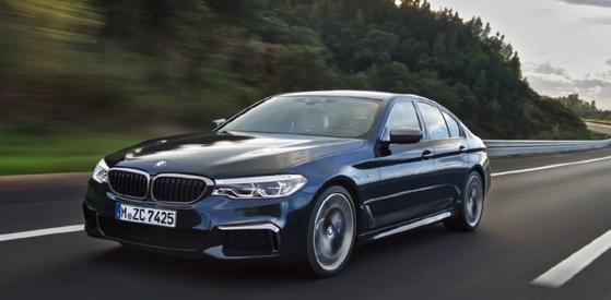 올 2월 BMW가 야심작으로 출시했지만 한국 시장에서 E클래스에 완패한 '뉴 5시리즈'. / 사진 : 각사 제공