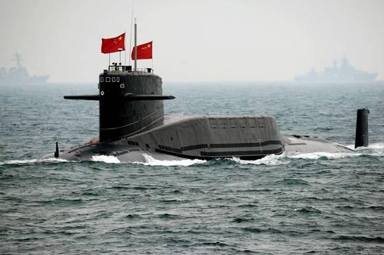 전략 핵 미사일을 탑재한 중국 핵 잠수함 '창정 6호' [중앙포토]