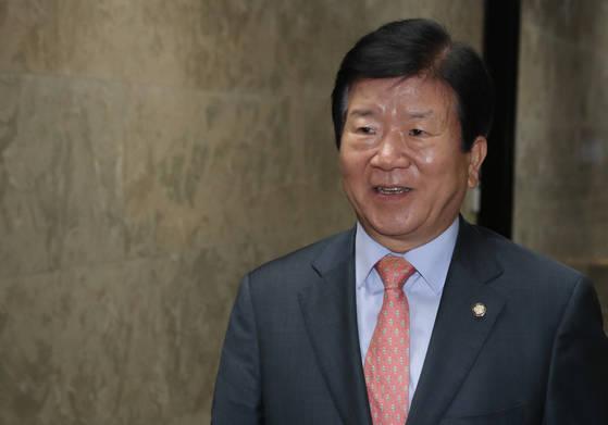 """더불어민주당 박병석 전 국회부의장은 10일 """"중국의 전략적 비중이 커지고 있어 전문적인 인력과 조직 신설이 불가피한 시점""""이라고 강조했다.                                  [연합뉴스]"""