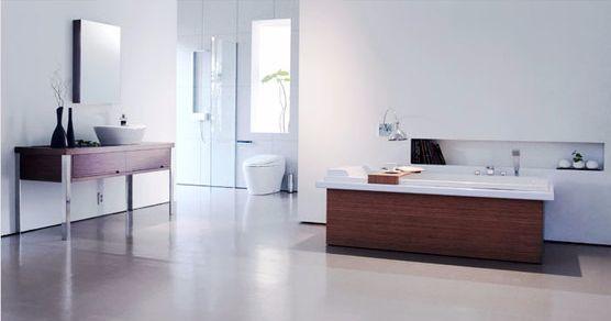 욕실 인테리어가 휴식을 강조하는 방향으로 진화하고 있다. 사진은 스테인리스 대신 우드를 사용한 욕실. [사진 로얄앤컴퍼니]
