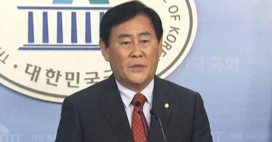 최경환 자유한국당 의원 [중앙포토]