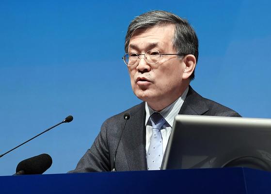 경영에서 물러나겠다고 선언한 권오현 삼성전자 부회장. 2008년 이후 반도체 부문을 이끌며 삼성전자를 반도체 업계 1위 업체로 올려놓았다. [연합뉴스]