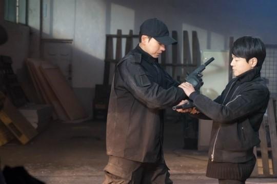 드라마 '맨투맨'에서 전직 고스트 요원 역할로 박해진과 호흡을 맞추고 있는 태인호. [사진 JTBC]