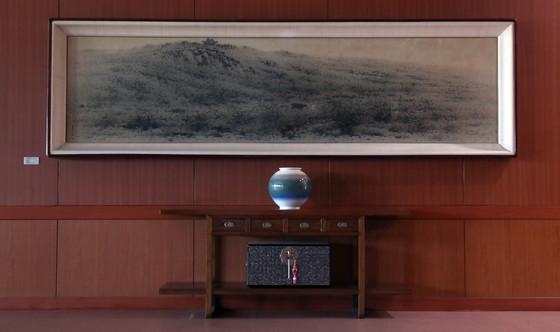 외교부 청사 17층 '산수화'.