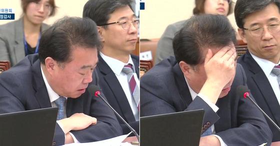 13일 열린 국회 국정감사에서 질의를 하던 김성수 의원이 MBC 동료가 받은 탄압에 대해 언급하던 중 감정을 추스리고 있다. [사진 국회방송 캡처]