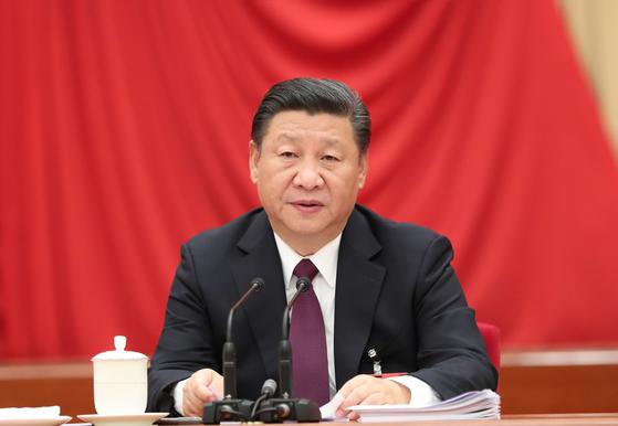 시진핑 중국 국가주석이 지난 11일부터 14일까지 베이징에서 개최된 중국 공산당 제18기 중앙위원회 7차 전체회의에서 주요 연설을 하고 있다. [신화=연합]