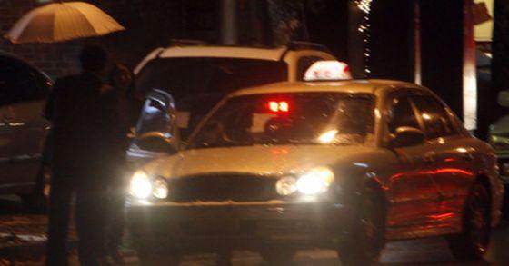 경로 변경을 요구하는 시각장애인에 격분해 욕설을 하고 내려달라는 요구를 무시한 채 30여분 간 주행한 장애인 택시운전 기사가 검찰에 송치됐다. 사진과 기사 내용은 아무런 관련이 없습니다. [중앙포토]