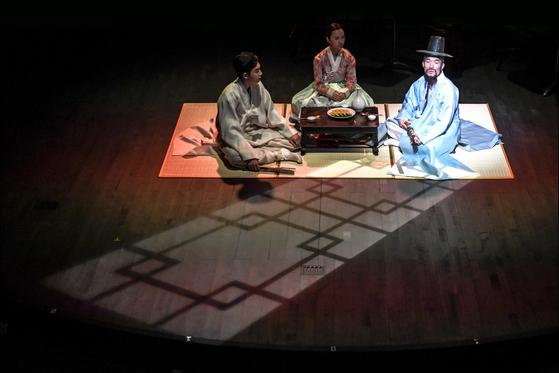 서울 율곡로의 돈화문국악당에서 다음 달부터 공연하는 국악 음악극 '적로'. [사진 세종문화회관]