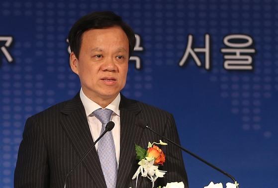 중국 공산당 중앙위원인 천민얼(陳敏爾·56) 충칭(重京)시 당 서기.