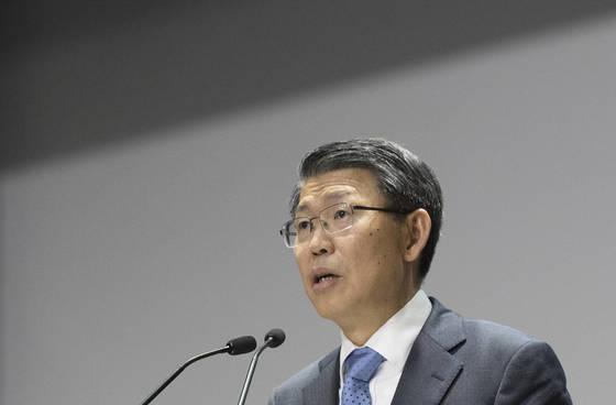 은성수 신임 수출입은행장이 9월 15일 서울 여의도 한국수출입은행에서 열린 취임식에서 취임사를 하고 있다. [연합뉴스]