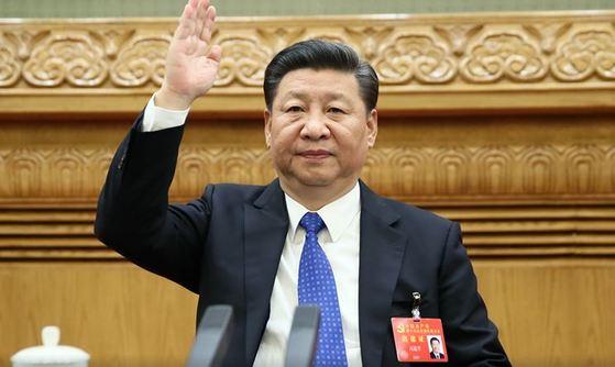 당대회에 참석하는 시진핑 주석 [사진: 신화망]