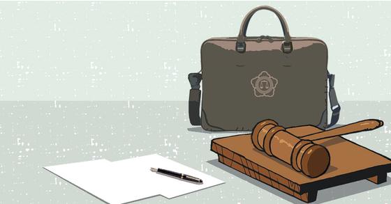 변호사와 회계사, 변리사 같은 고소득 전문직 가운데 15%가량은 한 달에 2백만원을 채 벌지 못하는 것으로 나타났다. [중앙포토]