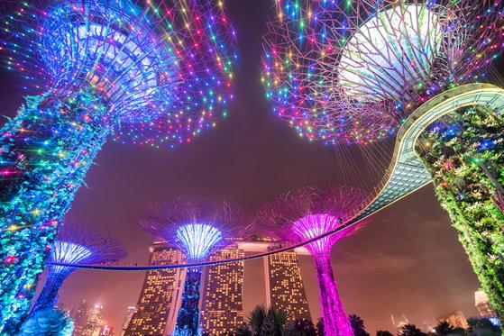 싱가포르의 화려한 도심 정원, 가든 바이 더 베이. [중앙포토]