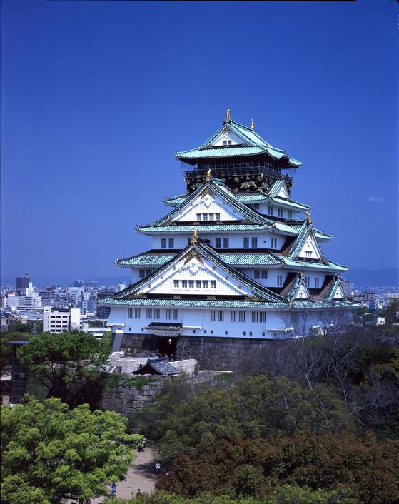 일본 오사카성 천수각 전경.  [중앙포토]