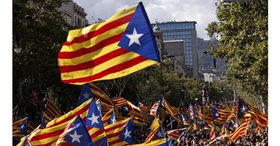카탈루냐 독립을 요구하는 시위대. [AFP=연합뉴스]