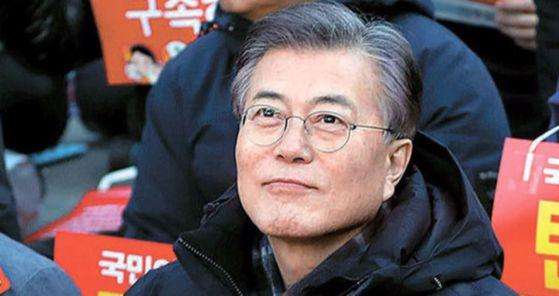 지난 3월 4일 당시 박근혜 전 대통령 탄핵집회에 참석했던 문재인 대통령. 프리랜서 김성태