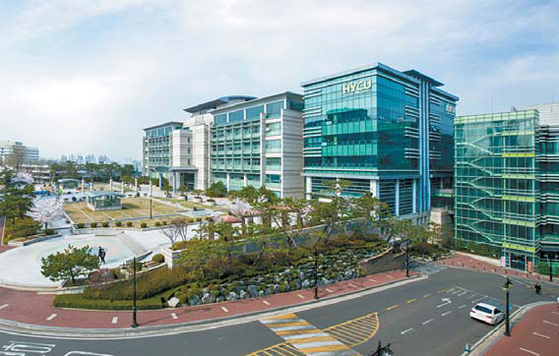 한양사이버대는 2017학년도에 사이버대 최초로 디지털건축도시공학과를 신설했다