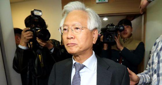 방송문화진흥회가 고영주 이사장의 불신임 및 이사해임 결의안을 2일 통과시켰다. 장진영 기자