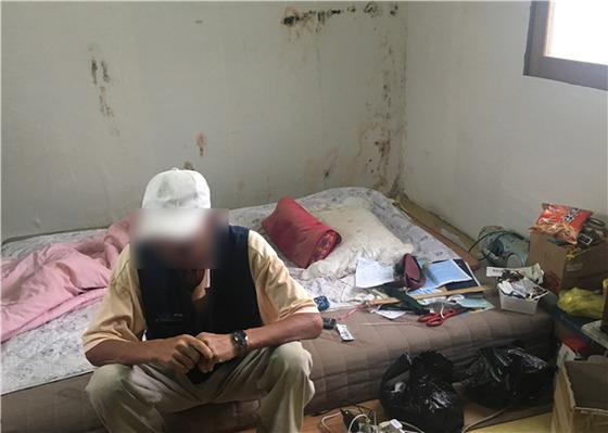 충북 음성군의 한 농장에서 18년 간 농사일을 했지만 임금을 받지 못한 A씨의 집안 내부 [사진 중앙장애인권익옹호기관]