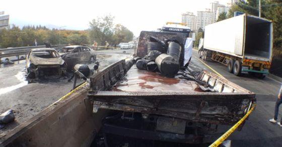 경찰이 창원터널 폭발·화재와 관련해 위험물 화주회사를 3일 오후 압수수색했다. 송봉근 기자