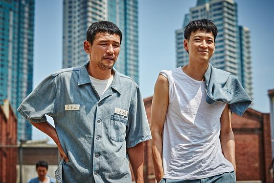 영화 '검사외전' 스틸컷.
