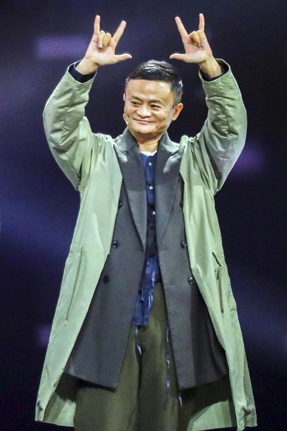 광군제를 세계 최대 쇼핑 이벤트로 만든 마윈 알리바바그룹 창업자 겸 회장. [상하이 AP=연합뉴스]