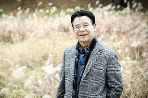 49년 성우 생활을 마치고 지난달 은퇴를 발표한 성우 양지운씨가 13일 오전 경기도 하남시에서 중앙일보와 인터뷰하고 있다. 장진영 기자