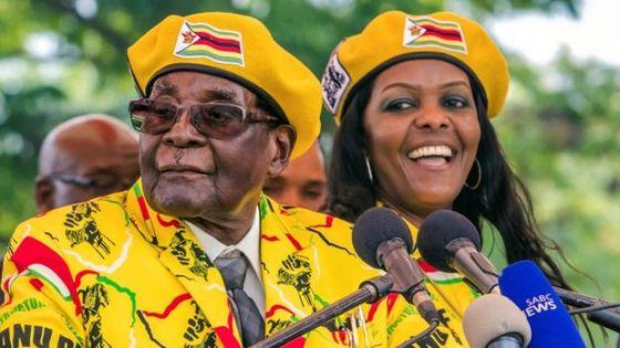 93세 무가베 대통령과 52세 부인 그레이스 [AFP]