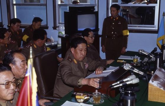 1991년 2월 13일 459차 군사정전위원회(군정위) 모습. 북측이 실질적으로 참석한 마지막 군정위다. [중앙포토]
