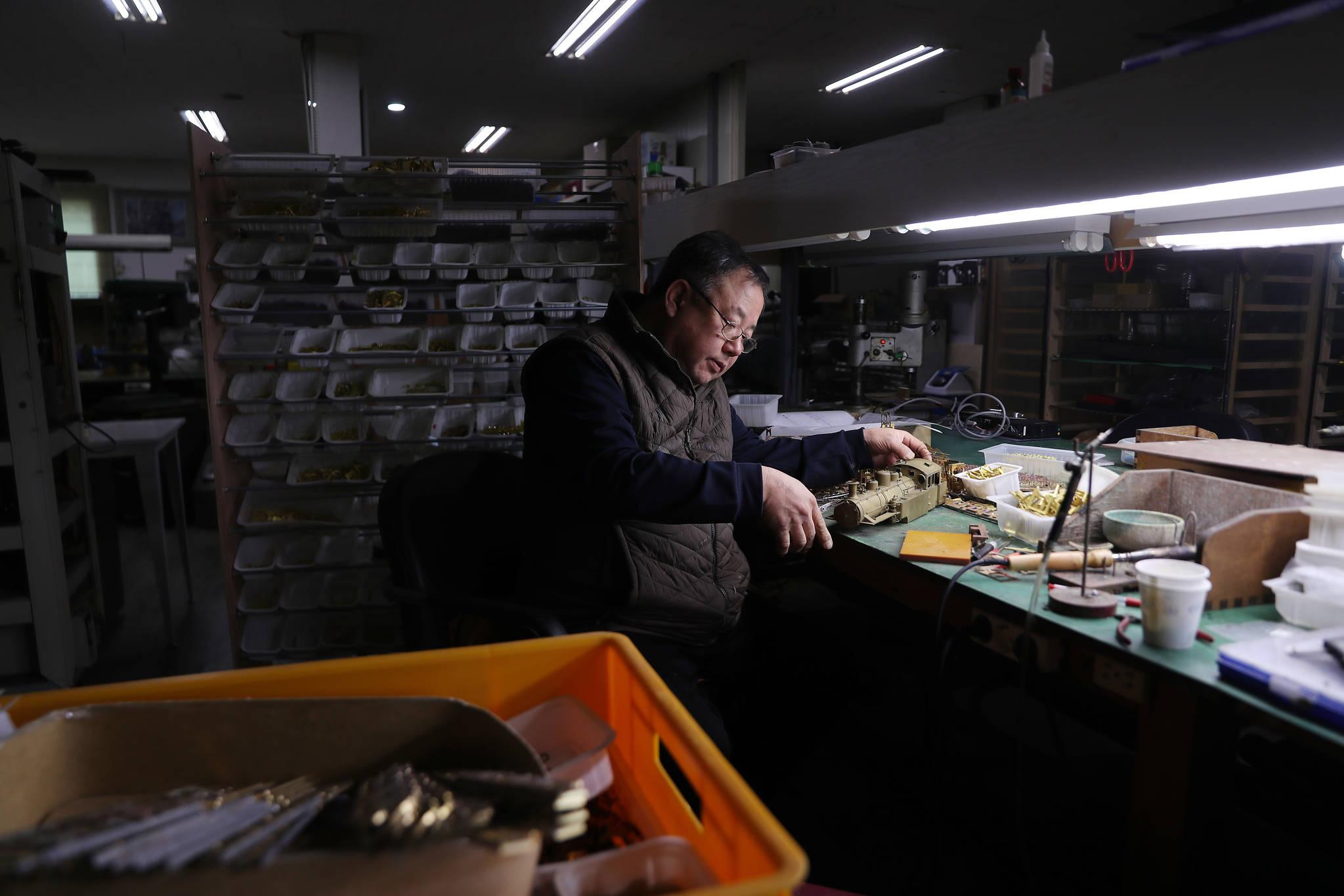 40여년간 오롯이 한 길만을 달려온 이현만씨. 청춘의 시간이 지나가고, 그의 머리에도 흰머리가 자리했다. 우상조 기자