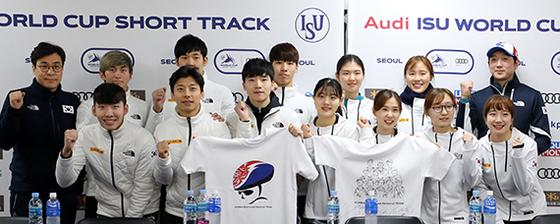2014 소치올림픽에서 '노메달'에 그쳤던 한국 남자 쇼트트랙이 평창에선 전 종목 메달에 도전한다. 올림픽 전 마지막 월드컵을 앞두고 선전을 다짐하는 남녀 대표팀. [뉴시스]