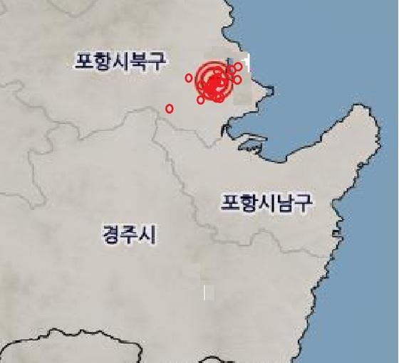 포항 지진과 여진 발생지점들 [자료 기상청]